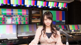 テレビ局の女性キャスター