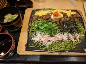 福岡空港で食べられる瓦そば