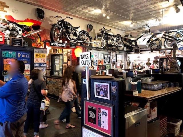 バッファローチキン発祥のお店Anchor Bar