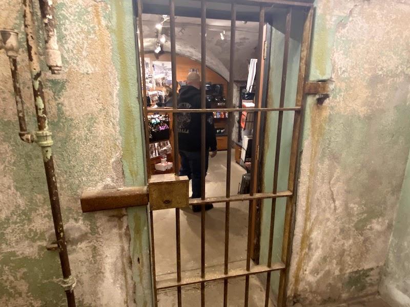 イースタン刑務所のギフトショップは牢屋の中のよう
