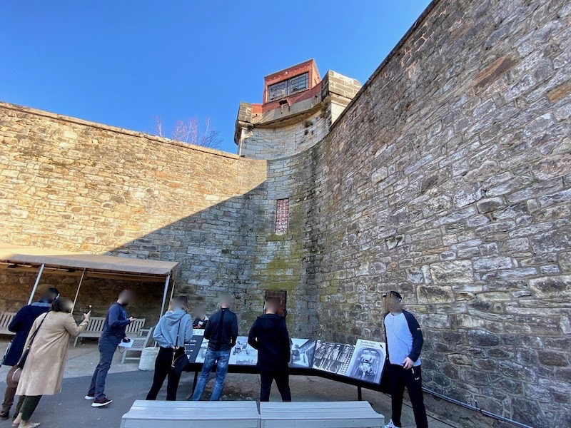 イースタン刑務所の内側から見た壁
